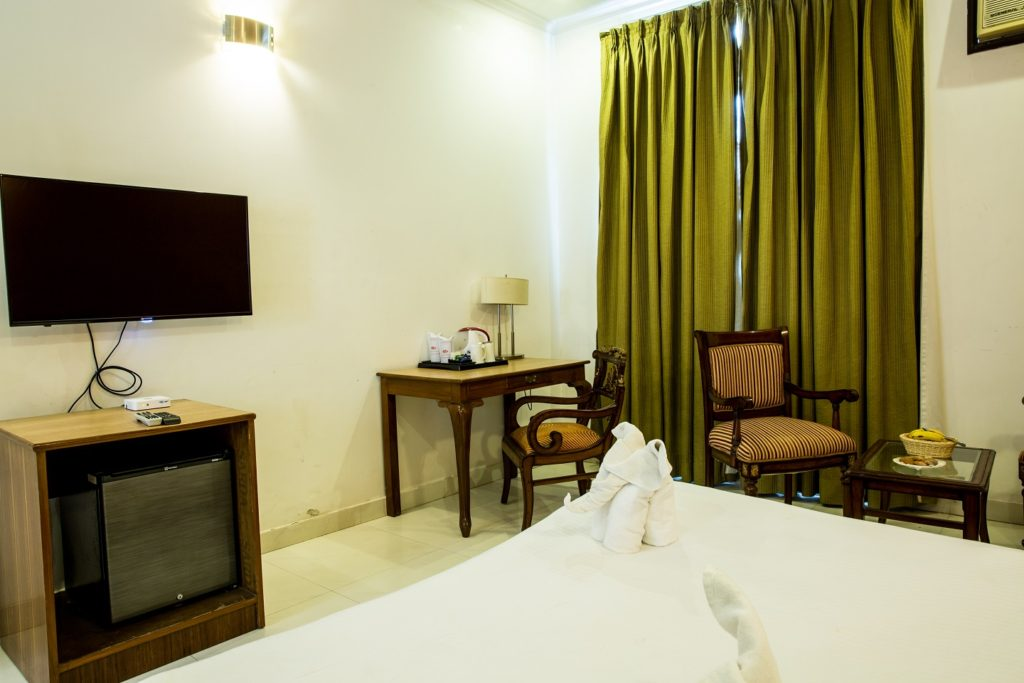 Aravali Resorts Executive Room